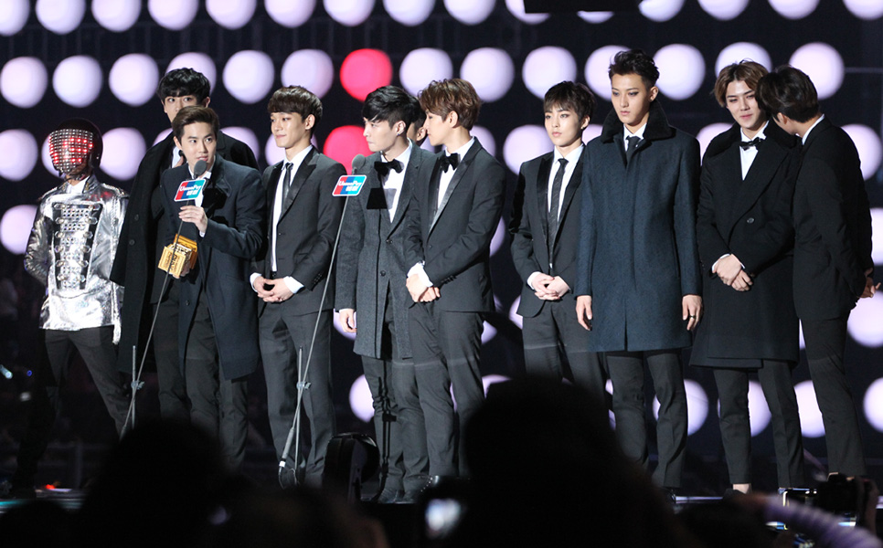 2014 MAMA ビハインドストーリー 全2回 ©CJ E&M Corporation, all rights reserved